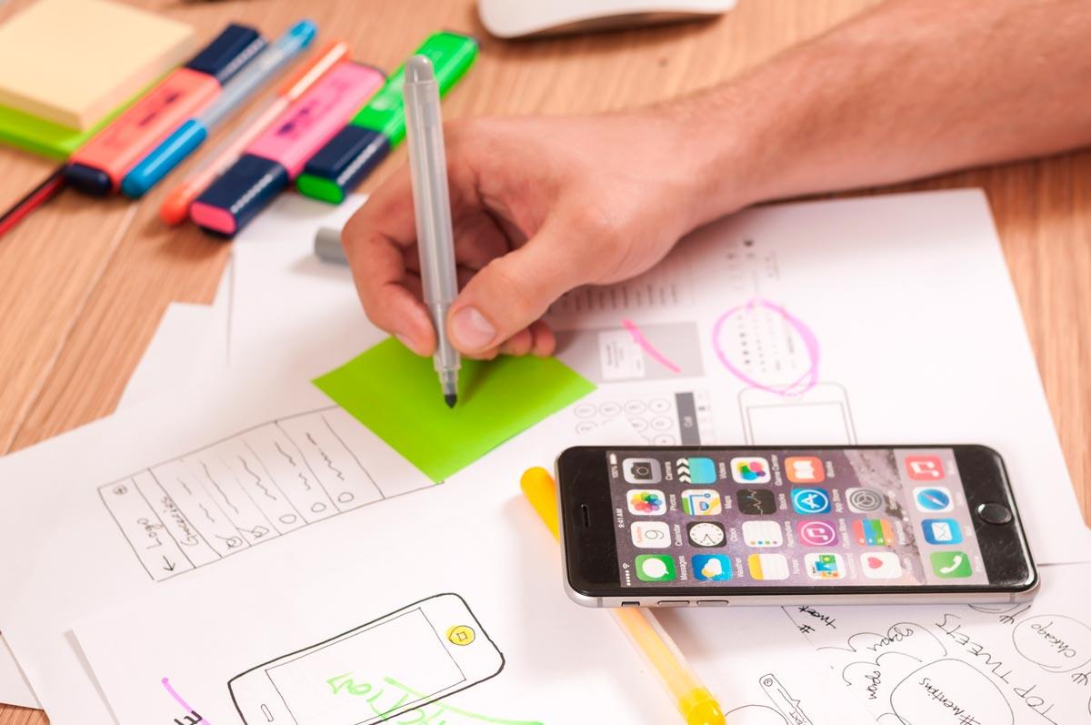 Разработка и создание мобильных приложений учитывает интересы офисных работников