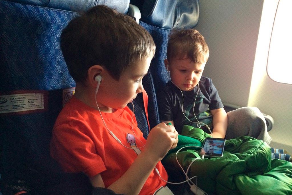 Разработка приложений для телефона включает многочисленные продукты для детского развития