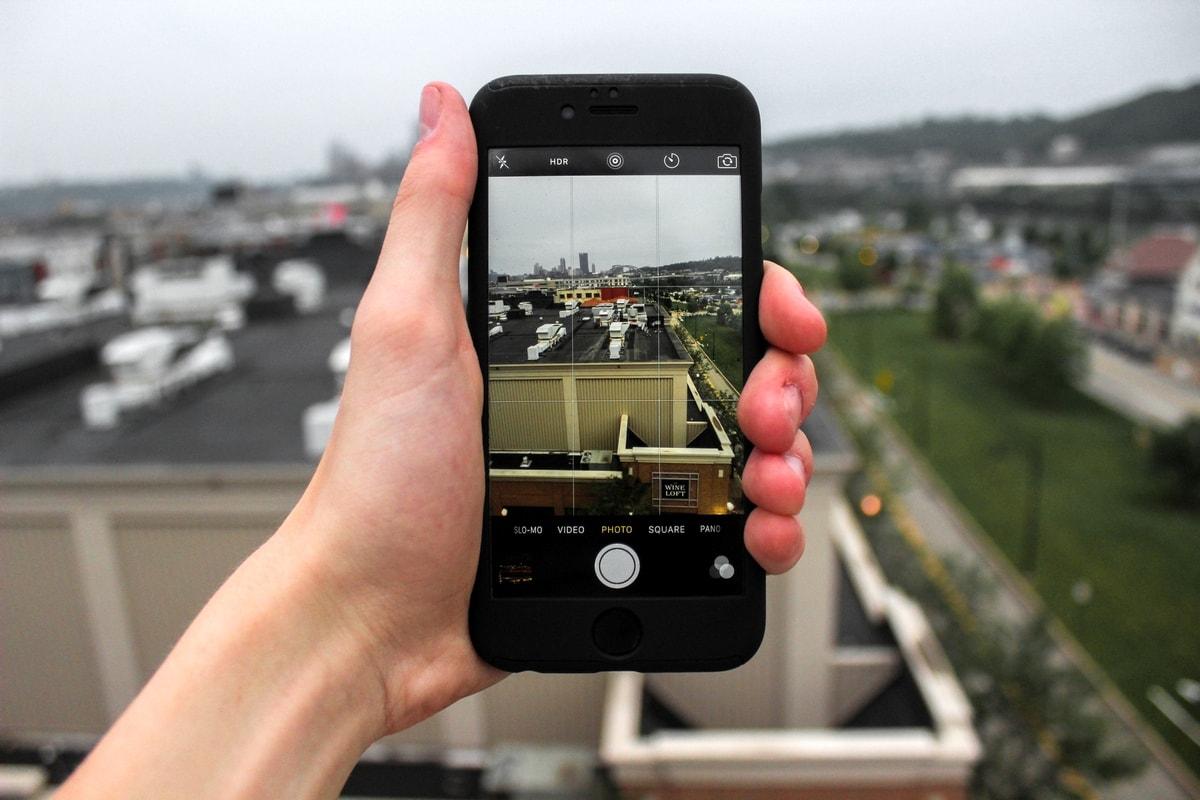 изготовление приложений для мобильных устройств и редактирование фото