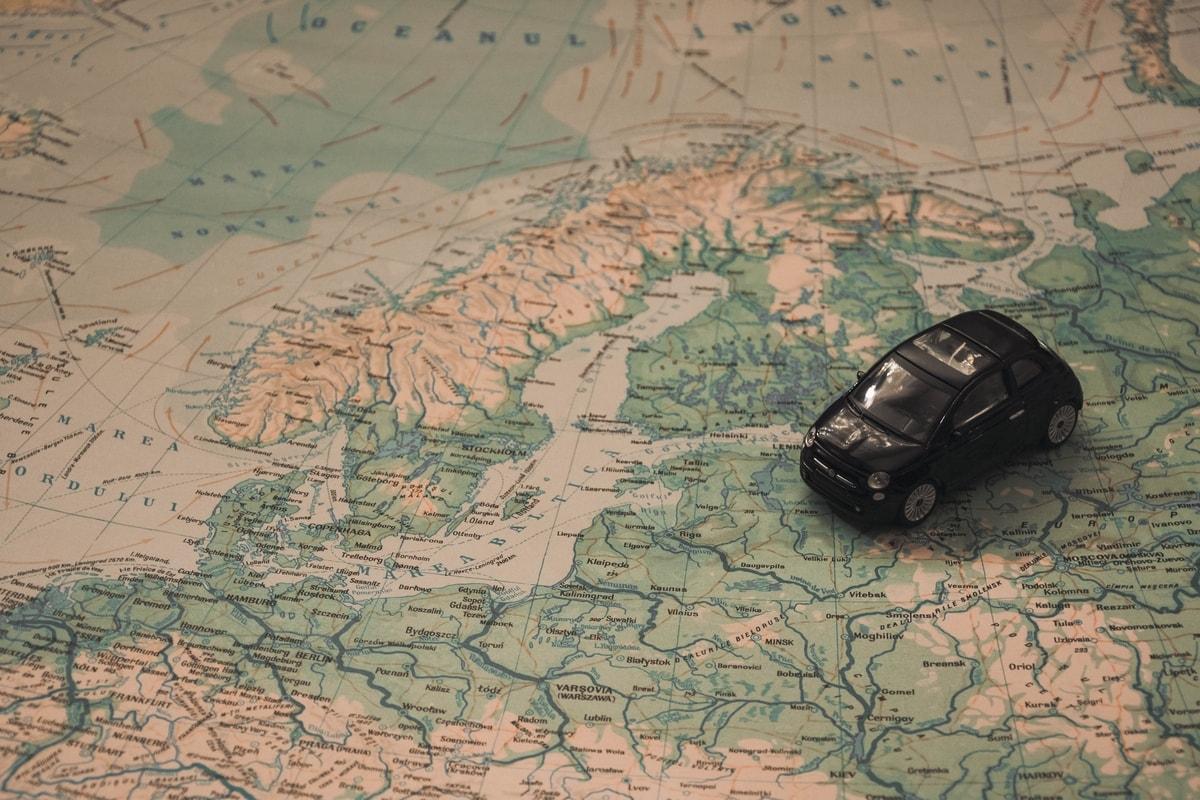 команда для создания приложения с GPS